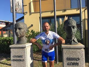 Cristicchi con i miti del ciclismo